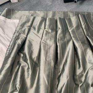 Eight curtain panels 96x40